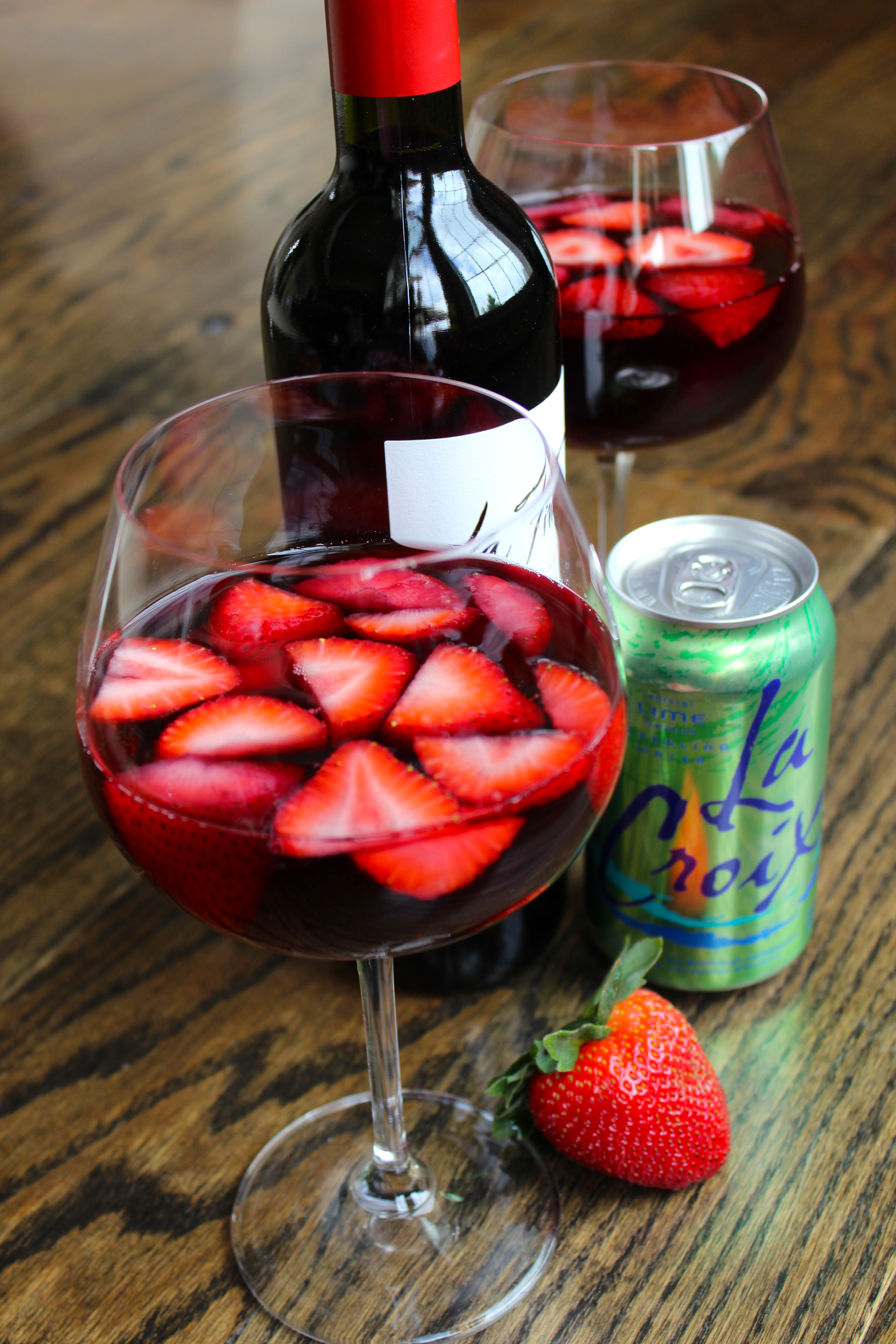 Skinny Strawberry Sangria - Mitzi Dulan, America's Nutrition Expert ...